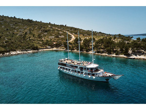 Relax on board our motor boat charter in
