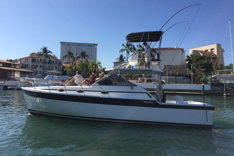 Offshore sport fishing boat rental in Marina Nuevo Vallarta, Mexico