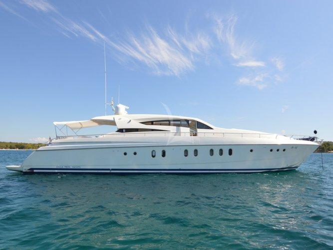 Beautiful Dalla Piet? Yachts Dalla Pieta 86 ideal for cruising and fun in the sun!