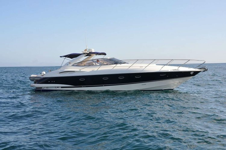 Come and spend a day with us aboard this wonderful Motor Yacht and enjoy the wonders of the Algarve