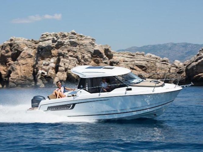 Charter this amazing motor boat in