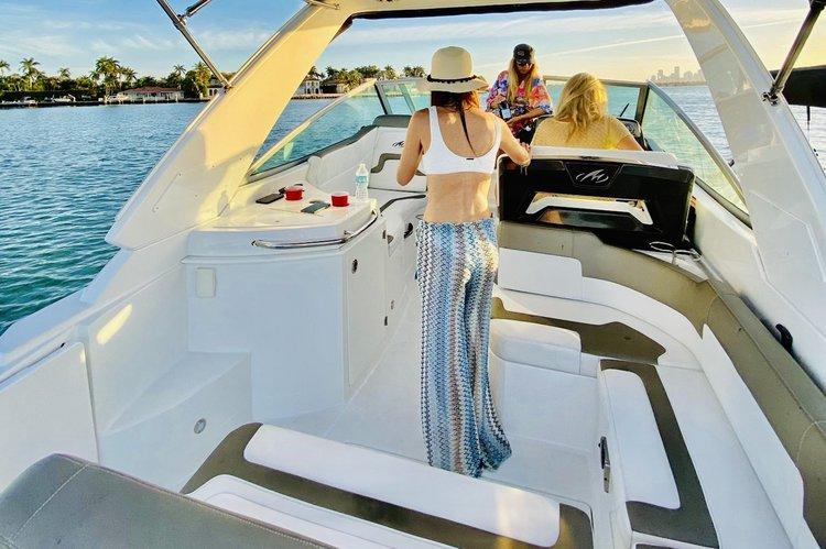 Motor yacht boat rental in Kings Marina, FL