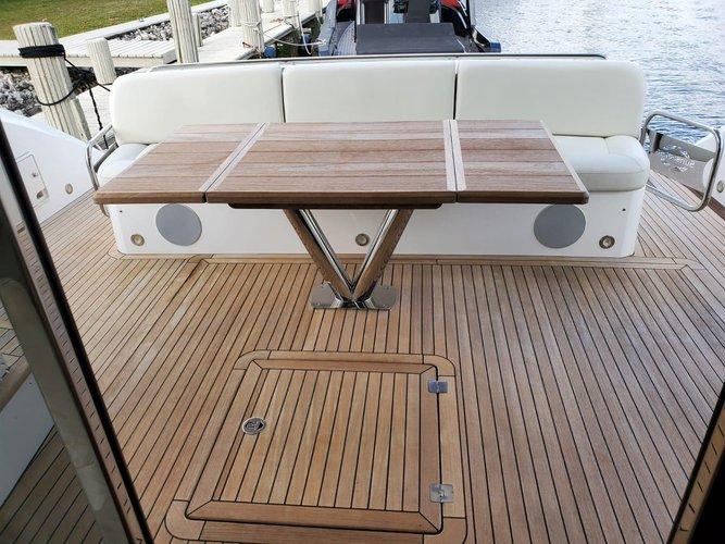 Mega yacht boat rental in MBM - Miami Beach Marina,