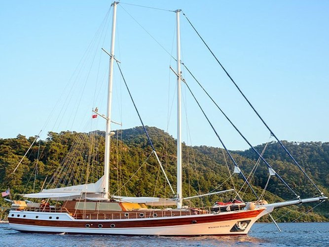 Enjoy Bodrum, TR to the fullest on our comfortable  Gulet