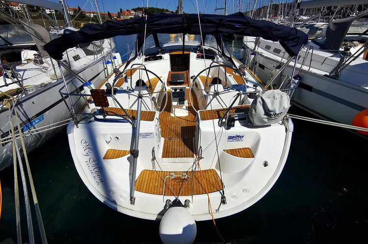 Sail the beautiful waters of Istra on this cozy Bavaria Yachtbau Bavaria 50 Cruiser