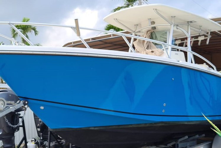 OFFSHORE FISHING BOAT  CHARTERS