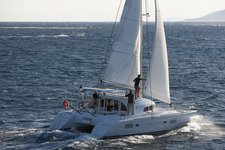 Set your dreams in motion in Bahamas aboard Lagoon 380