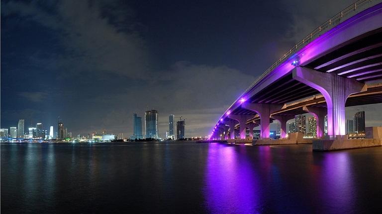 Miami - a featured Sailo destination