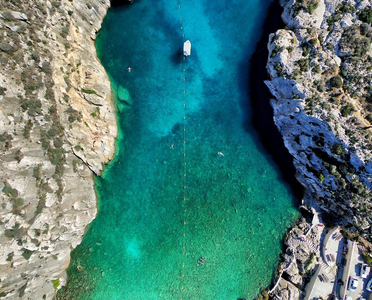 boat-hire-malta-sailing-sailo-catamaran