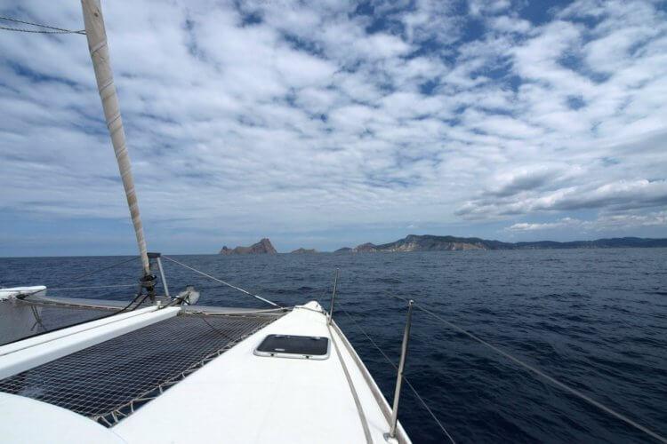 boat-rental-palma-de-mallorca-spain-Mondrago