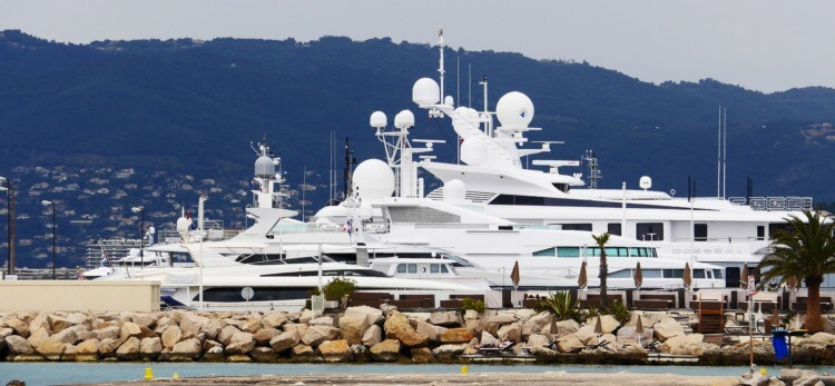 cannes-yacht-charter-International-Festival
