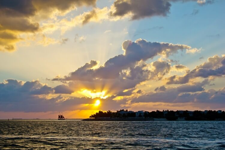 catamaran-rentals-Key-West-sunset