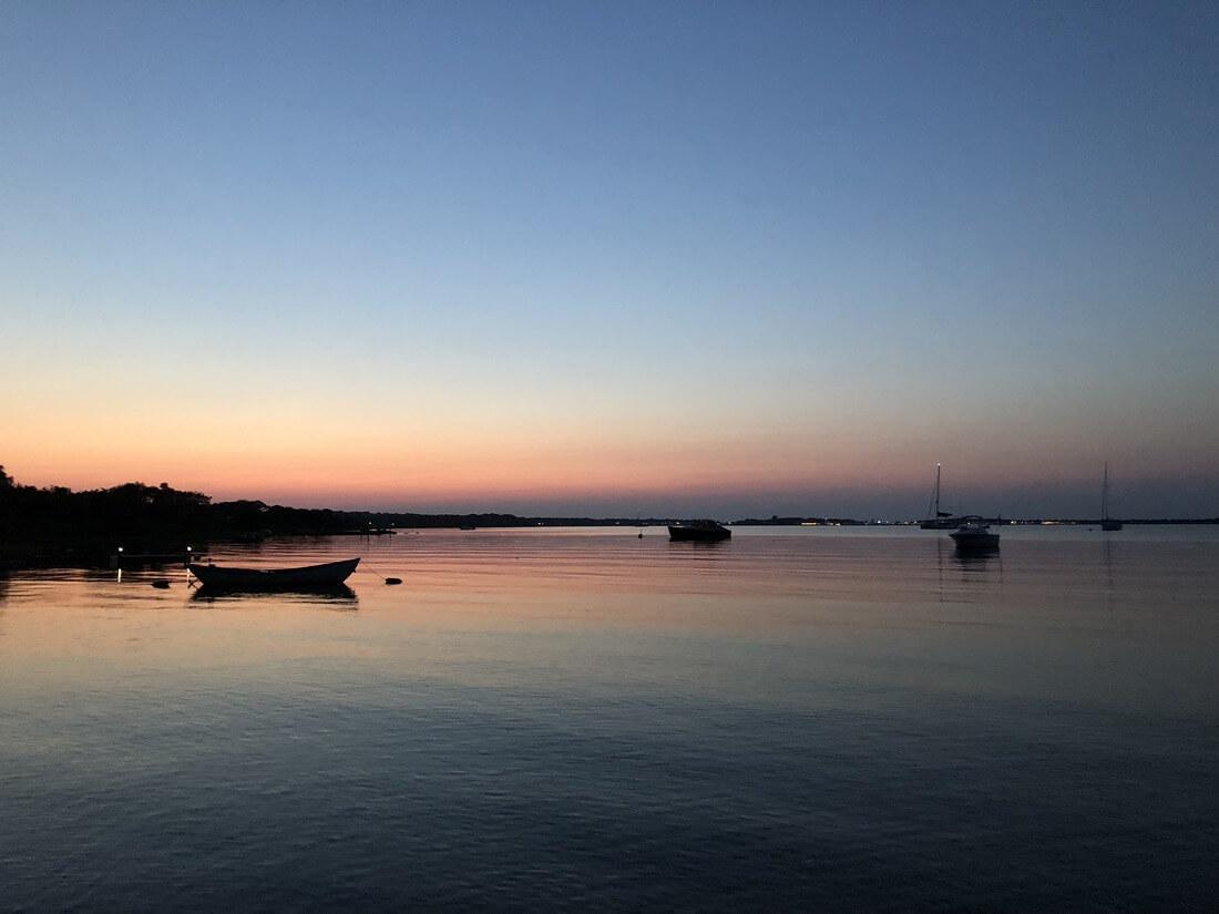 sail-in-montauk-sailo-boat-rentals-crow-nest-sunset