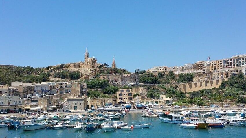 sailing-gozo-comino-malta-boat-tours-sailo-shore-attractions