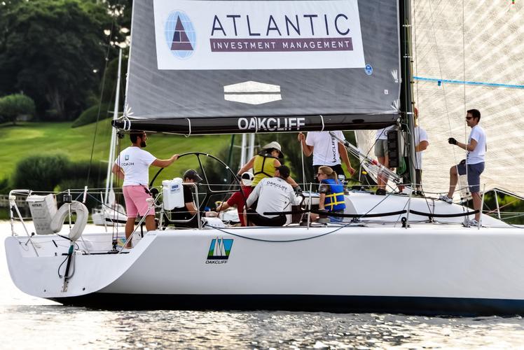 team-building-boat-1