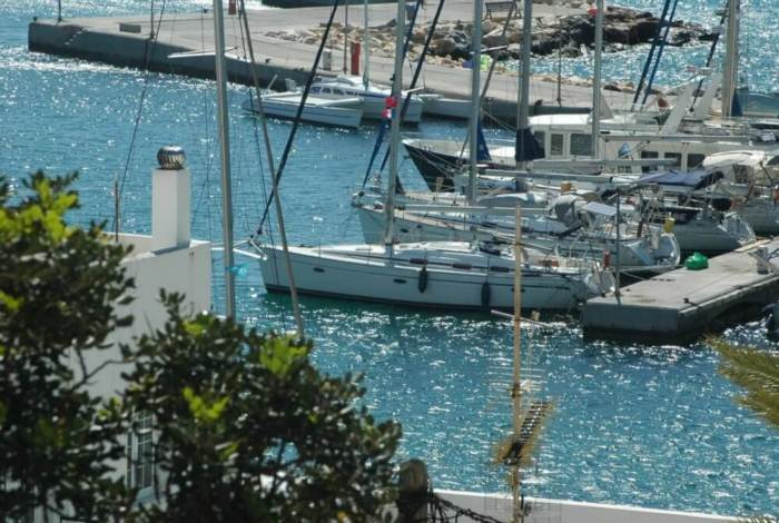 yacht-charter-athens