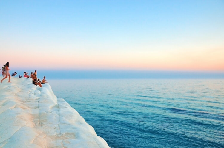 yacht-charter-sicily-top-beaches-Scala-dei_Turchi.