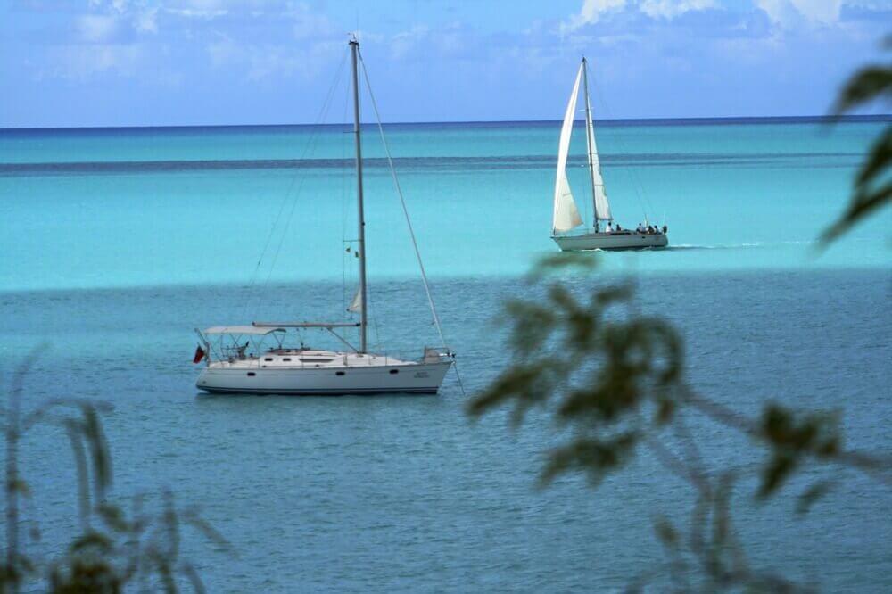 caribbean-sailing-vacations-windward-islands