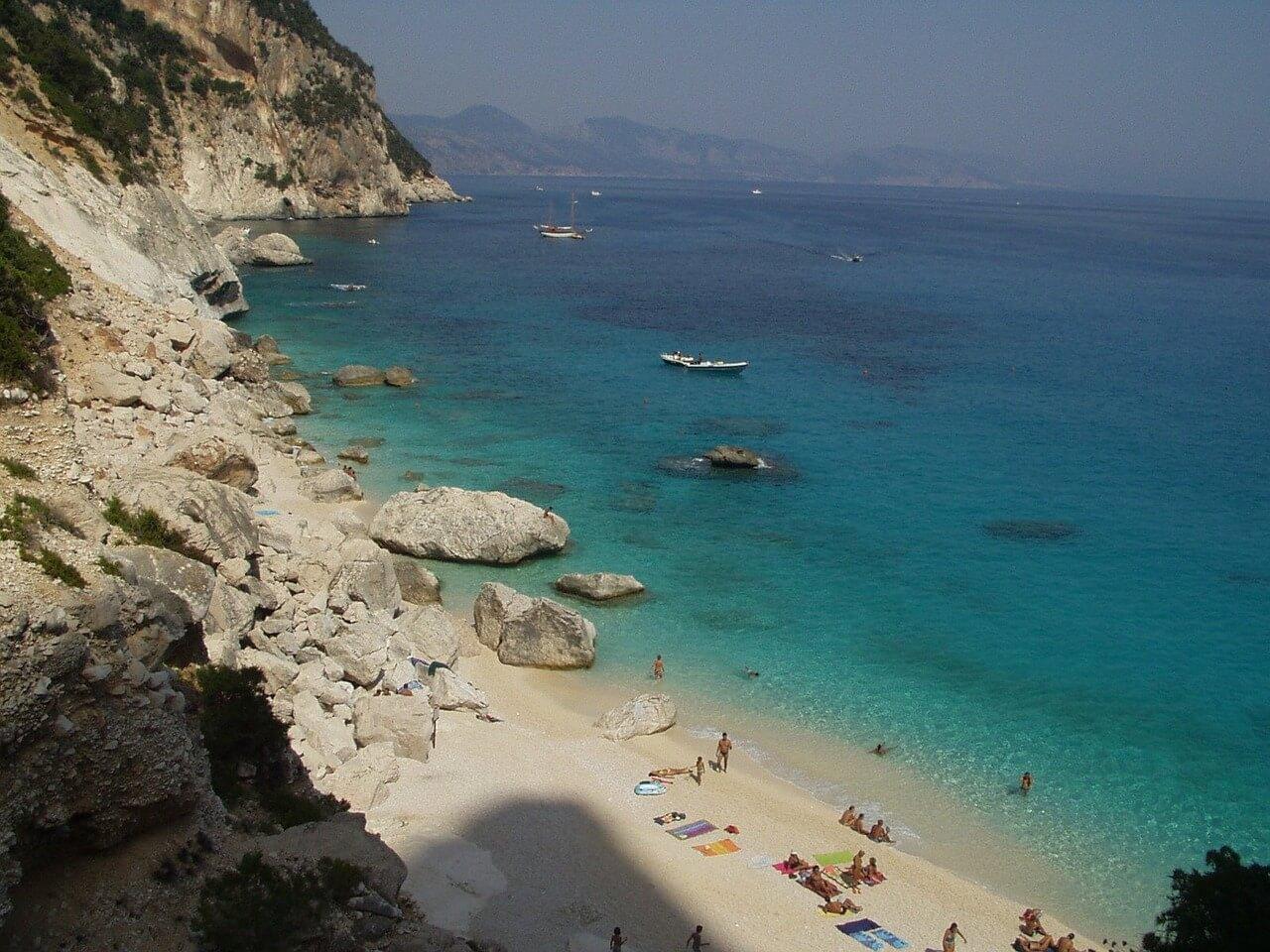 things-to-do-by-boat-Sardinia-Italy