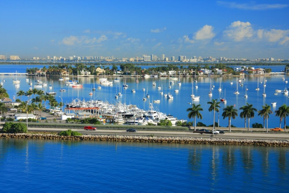 yacht-rental-miami-top-boating-destinations