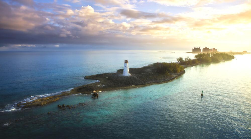 sailing-in-bahamas-boat-rental-nassau-sailo