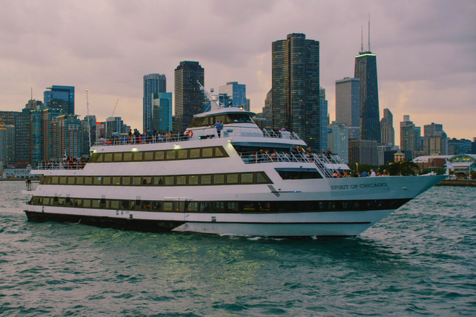 Lakefront NYE Fireworks Buffet-Style Dinner Cruise